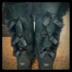 Ugg Bow Boots!